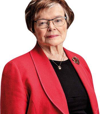 Gunvor Brettschneider, ordförande i Helsingfors Svenska Reumaförening.