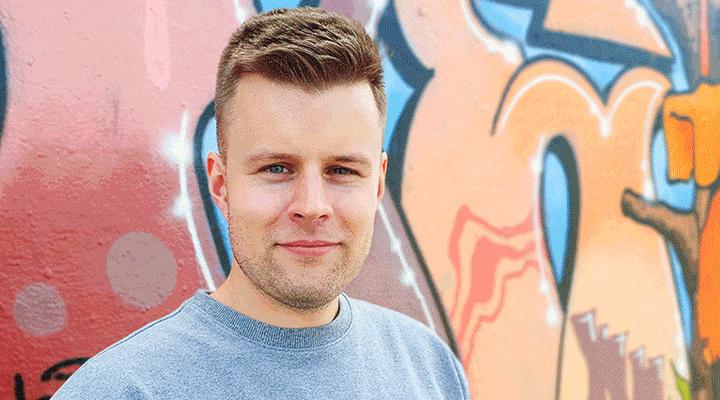 Anders Westerlund är en av de få män som valt att specialisera sig inom barnskydd. Foto: Hjalmar Slangus